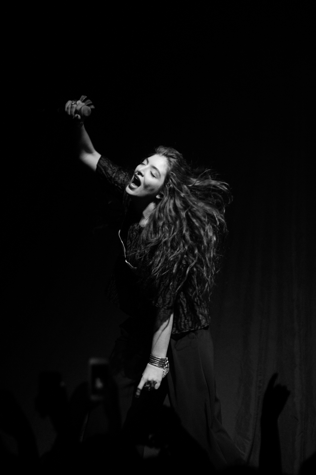 Lorde playinging Melbourne at  Festival Hall