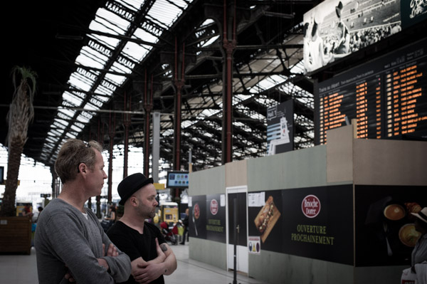 Stew and Steve of The Peep Tempel waiting at Gare De Lyon station in Paris